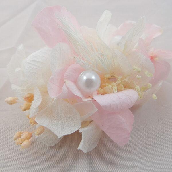 peineta de flores preservadas